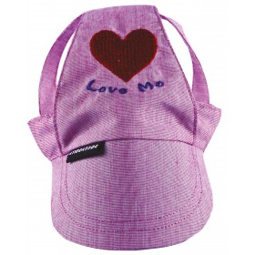 """Casquette avec coeur """"Love me"""""""